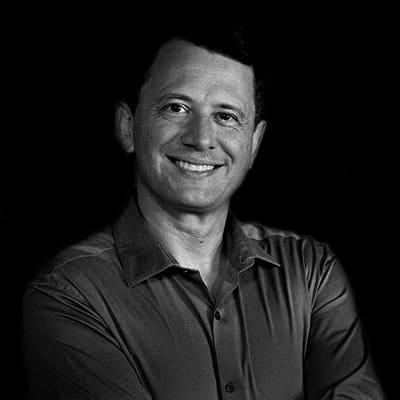 Daniel Pitelli | Gerente de Projeto da Praxian Business & Marketing Specialists. Engenheiro, Mestre e Doutorando pela Escola Politécnica da USP.