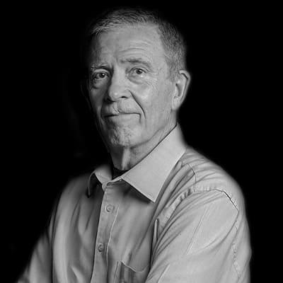 Gilberto de Araujo Guimarães | Professor e Escritor, com ampla experiência em negócios, tendo sido CEO da Paramount. Doutor pela USP, e colunista do Valor Econômico.