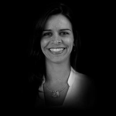 Grace Ladeira Garbaccio | Mestre em Direito pela Université de Limoges (2005) e Doutora em Direito - Université de Limoges (2009).