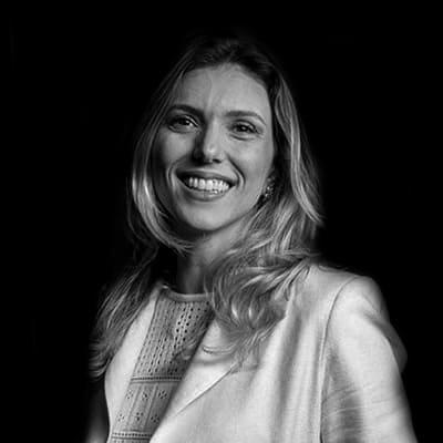 Graciele Mocellin | Especialista em Direito Tributário e Latin Legum Magiste em Direito Tributário.