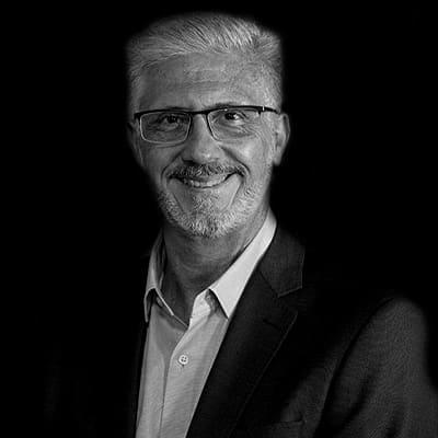Italo Gennaro Flammia | Consultor em Inovação e Digital, foi Diretor de Inovação e Digital da Porto Seguro, responsável pela criação da Oxigênio Aceleradora de Startups.