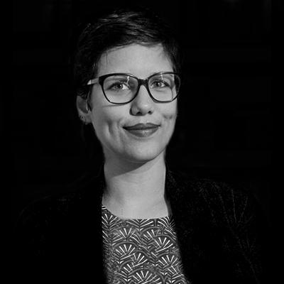 Juliana Paolucci | Juliana Paolucci é designer e sócia-diretora de inovação da LAJE