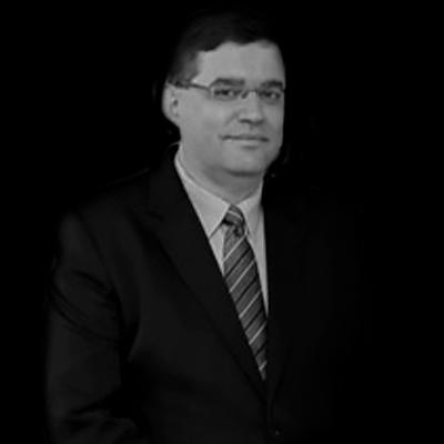 Leandro José Morilhas | Leandro José Morilhas atua no mercado da educação há 20 anos.