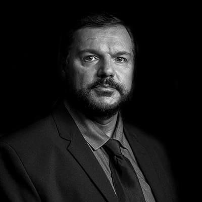 Osvaldo Lopes Moreno Junior | Executivo no Grupo Pão de Açúcar e Via Varejo atuante na Gerência e Coordenação de áreas de Recursos Humanos.