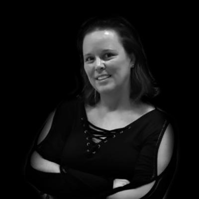Patricia Viveiros de Castro Krakauer | PhD pela Faculdade de Educação da USP. Doutora e Mestre em Administração pela FEA-USP.