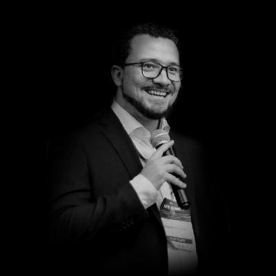 Renan Cavalheiro | Renan Cavalheiro é Fundador e Professor da Academia de Forense Digital