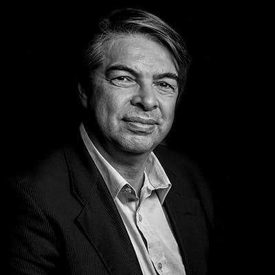 Roberto Alonso | Diretor na RADIC Marketing, Professor, Consultor na FIA, e Membro do Conselho e Colunista do Observatório do Terceiro Setor.