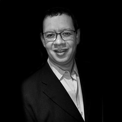 Rogério Alexandre Gonçalves de Sousa | Especialista em finanças, coordenador e professor na FIA