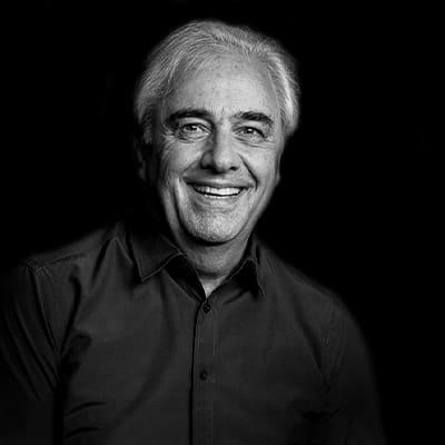 Roque Rabechini | Pesquisador de tecnologia, gerenciamento de projetos e estratégia empresarial. PhD em Administração pela FEA-USP.