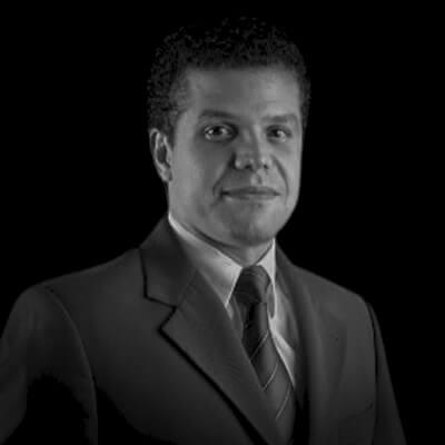Bruno Carlos de Souza | Sócio e fundador da empresa SOUZAMAAS, Escritor, Professor e Consultor. Mestre e Doutor em Controladoria pela FEA-USP.