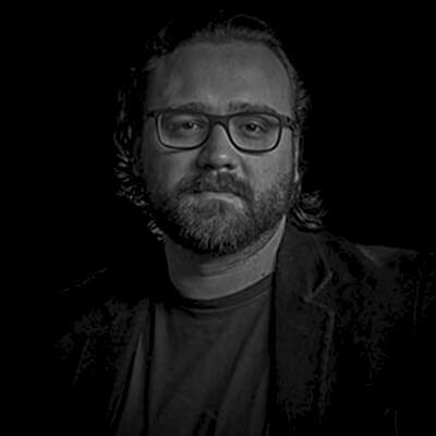 Enrico Trevisan | Professor, doutorando e Administração de Empresas e Pós-graduação em Gestão de Marketing e Branded Content (ESPM)