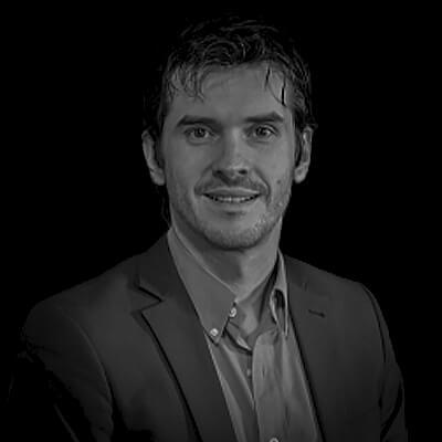 Rodrigo Lolato Pereira | Consultor de Desenvolvimento Humano e Organizacional em mais de 14 países. MBA em Liderança pela FranklinCovey Business School.